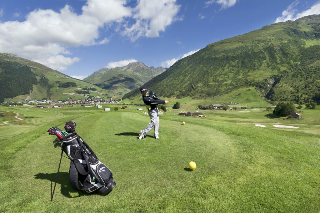 Andermatt golf tee off